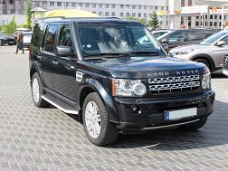 Land Rover Discovery...